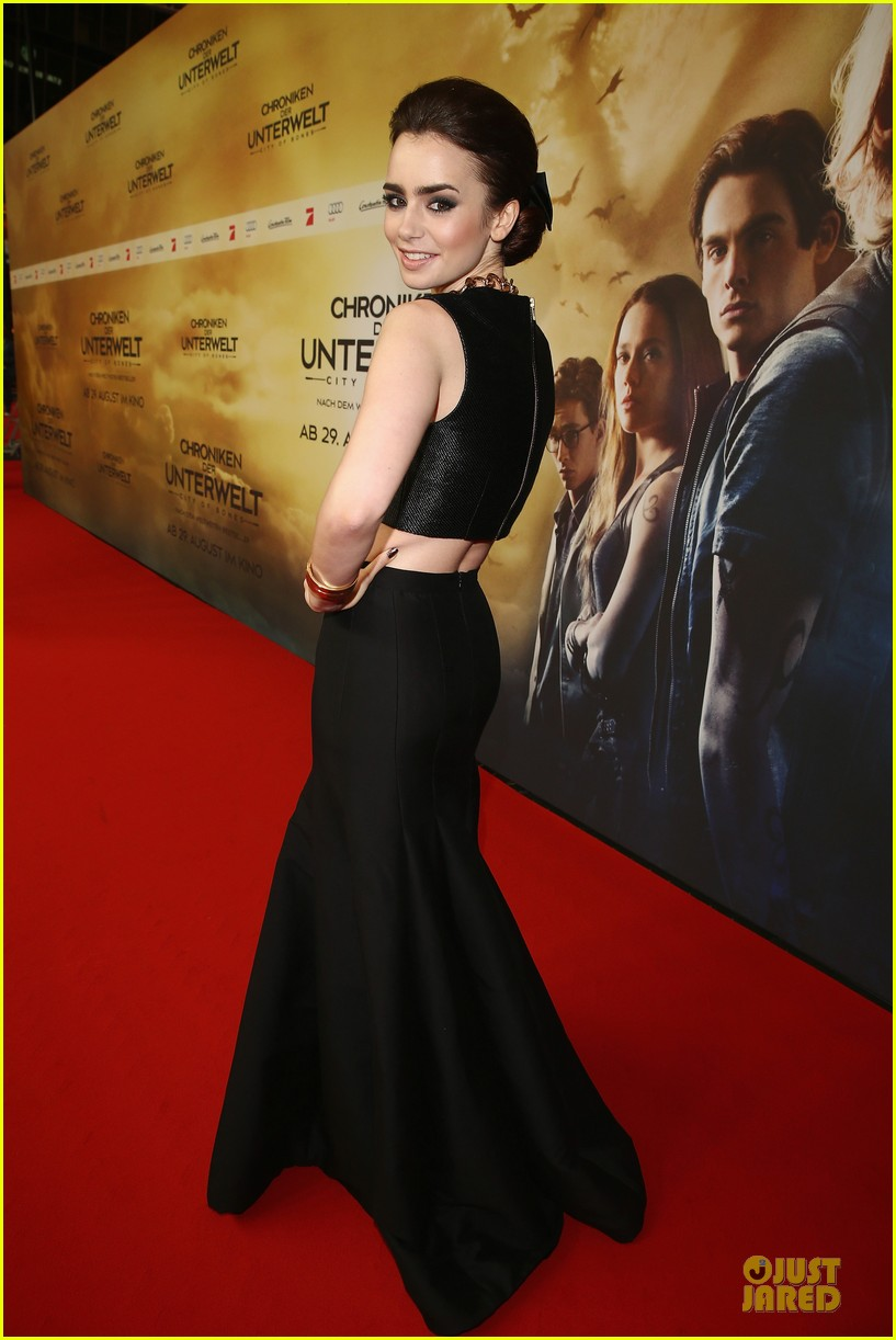 lily collins jamie campbell bower city of bones berlin premiere 142934364