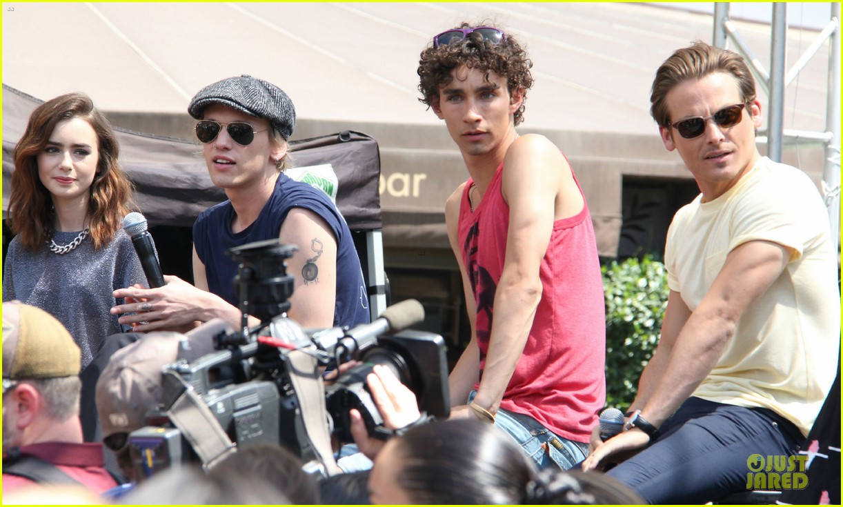 lily collins jamie campbell bower bower are very close despite split 082929794