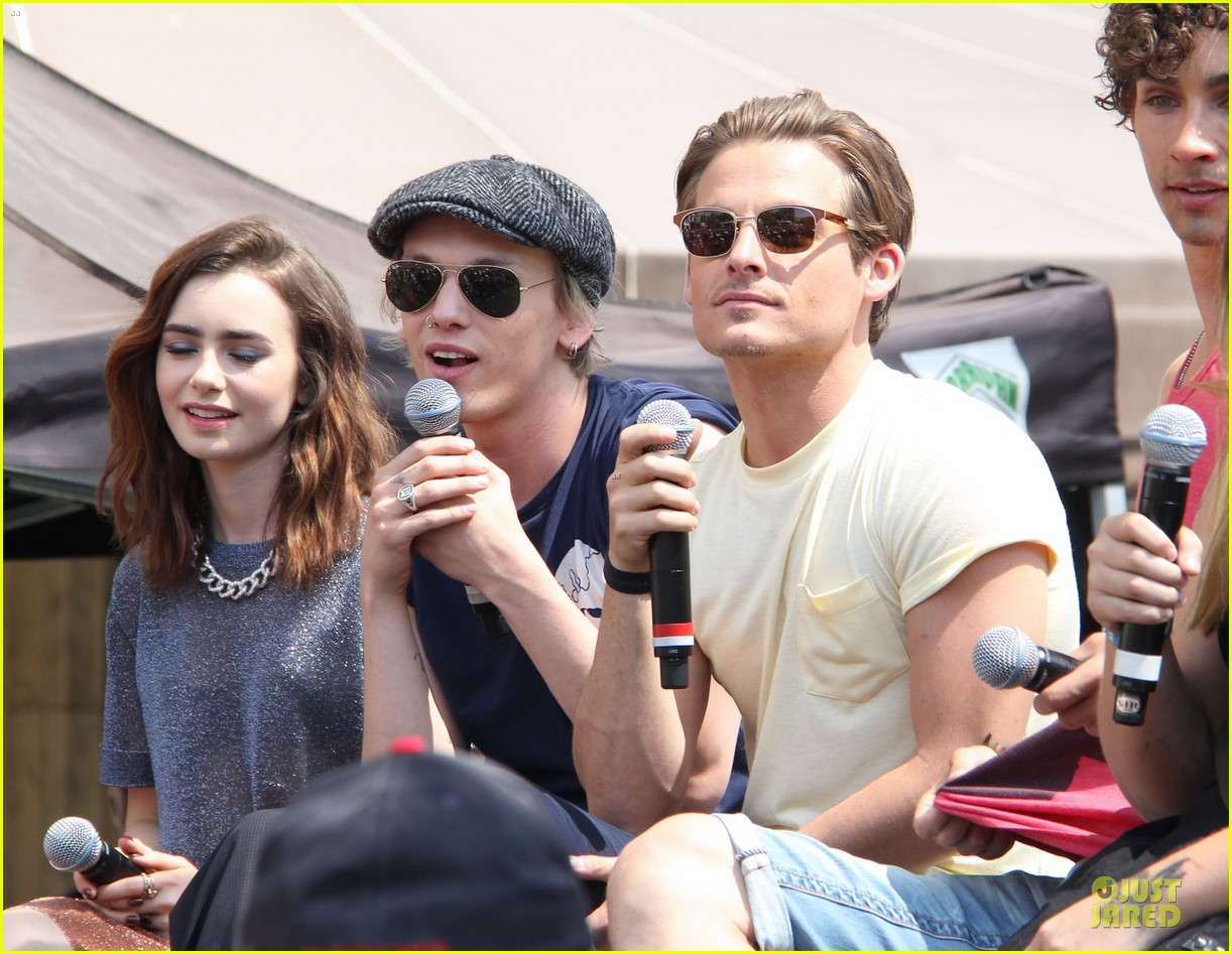 lily collins jamie campbell bower bower are very close despite split 142929800