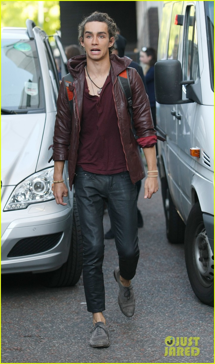 lily collins jamie campbell bower itv studios visit 012933193