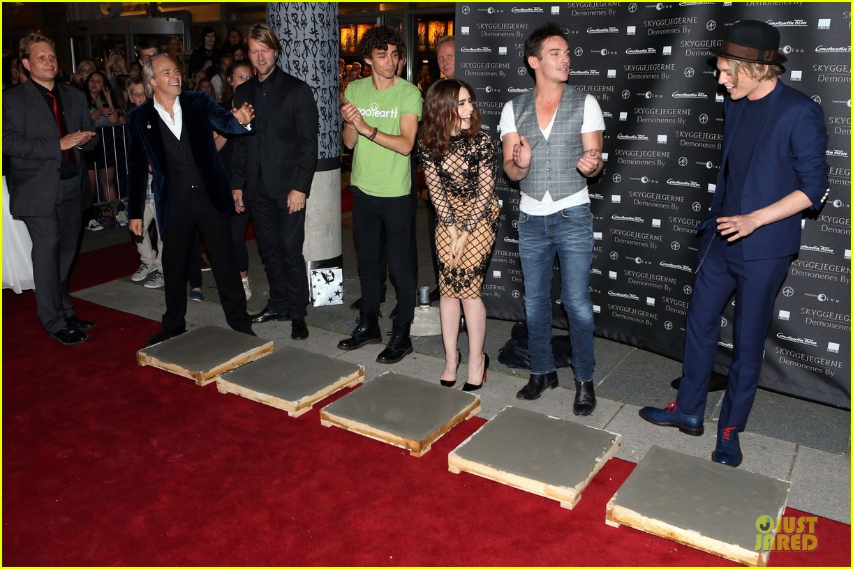 lily collins jonathan rhys meyers city of bones norway premiere 052936663