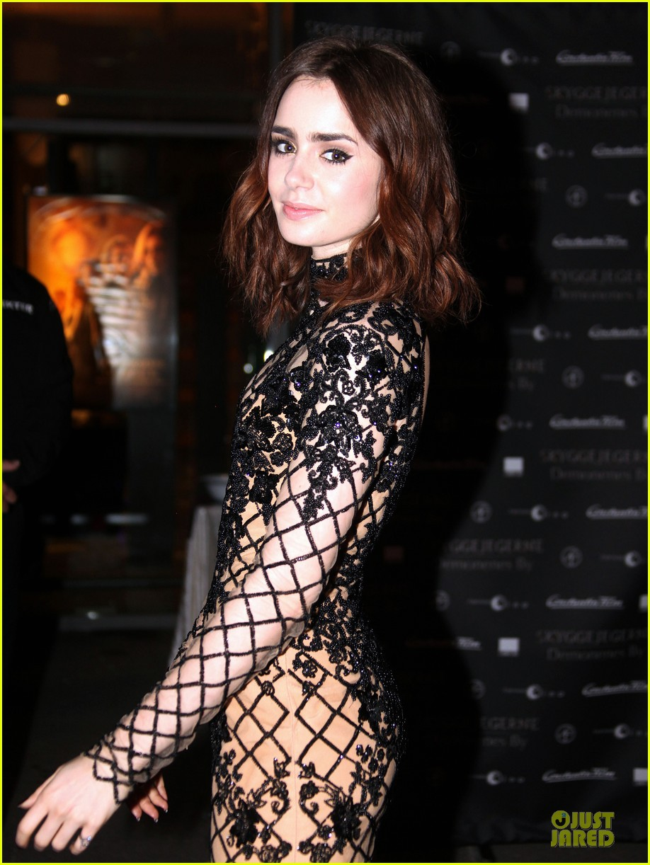 lily collins jonathan rhys meyers city of bones norway premiere 102936668