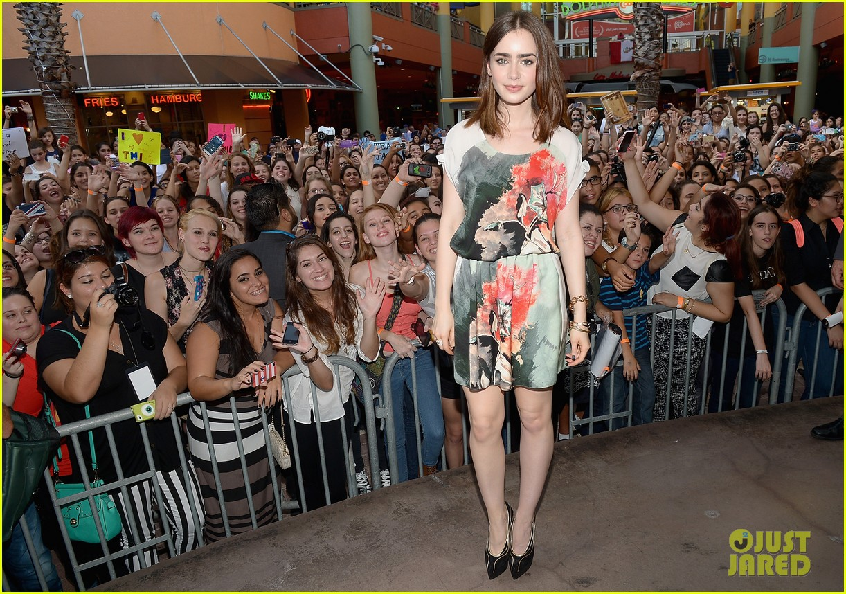 lily collins jamie campbell bower mortal instruments in miami 012921620