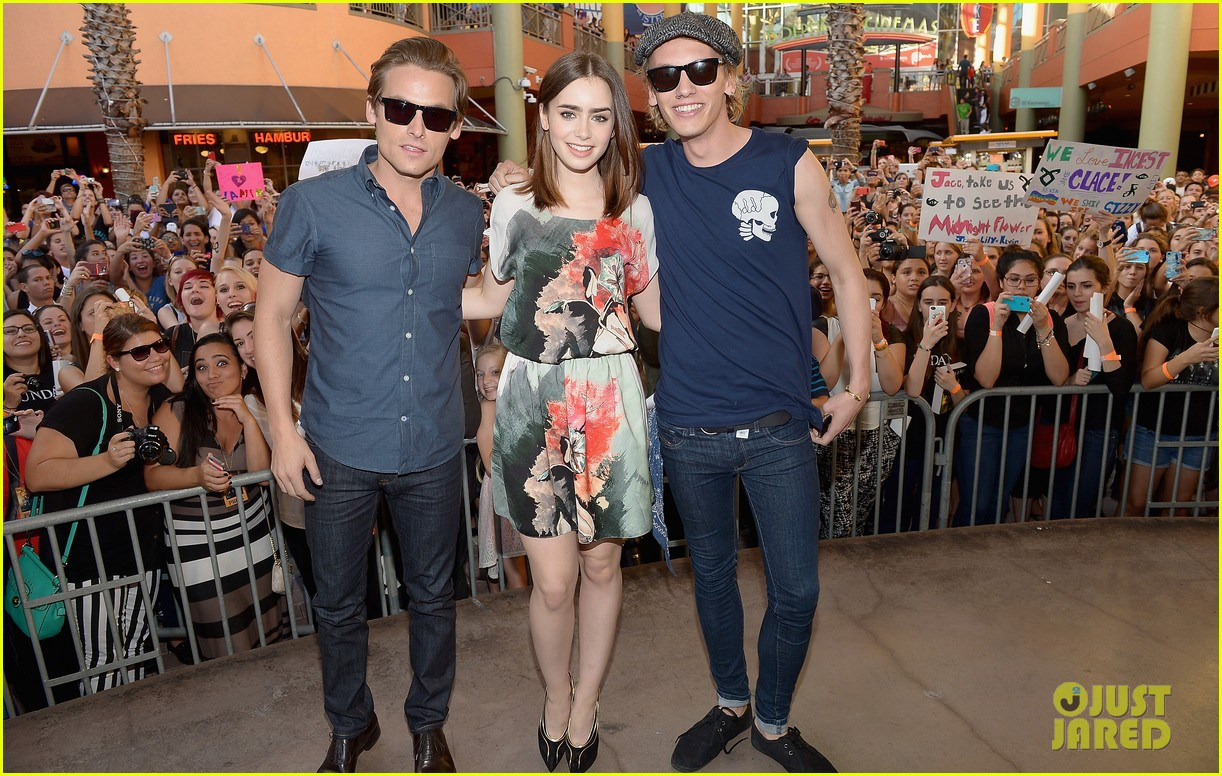 lily collins jamie campbell bower mortal instruments in miami 062921625