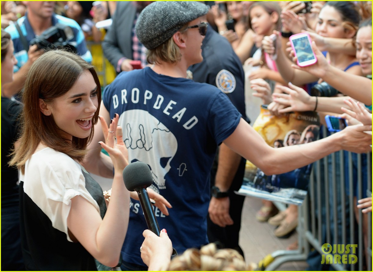 lily collins jamie campbell bower mortal instruments in miami 072921626