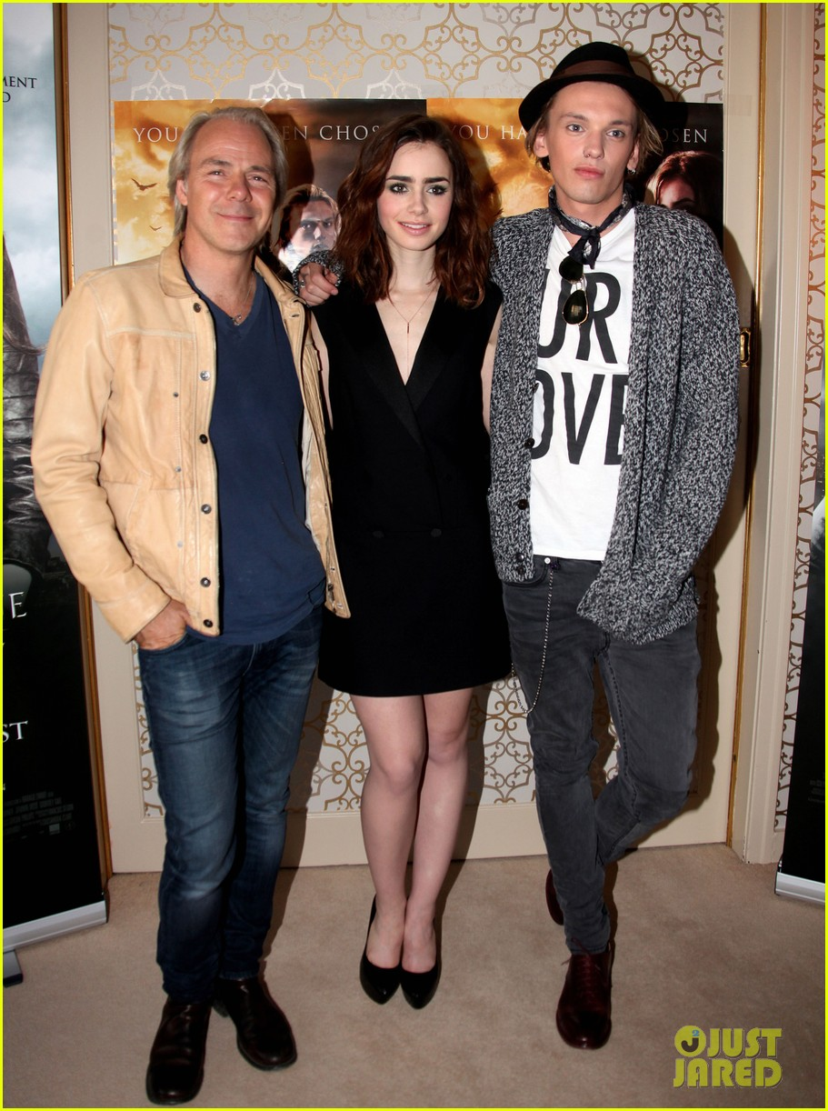 lily collins mortal instruments norway photo call 012936187