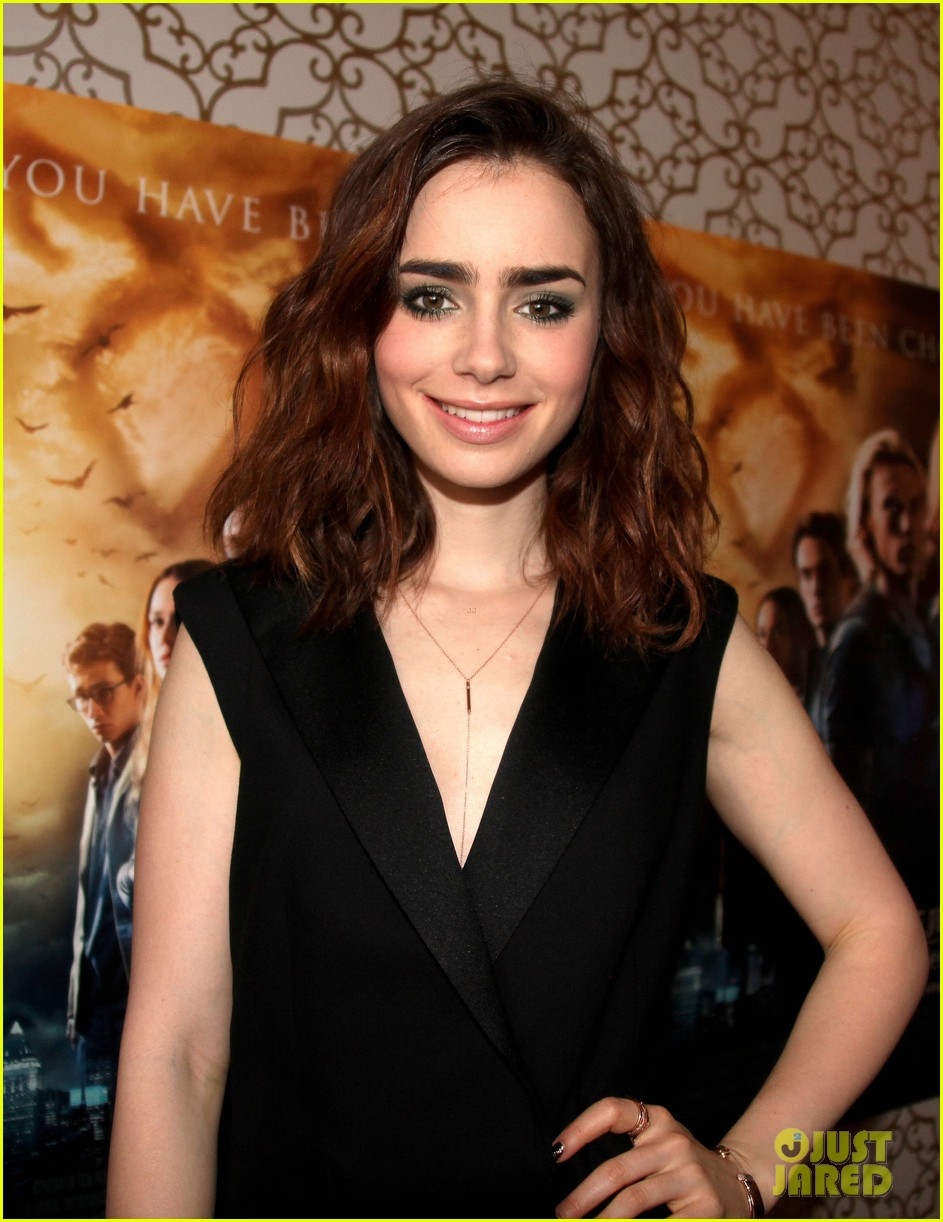 lily collins mortal instruments norway photo call 092936195