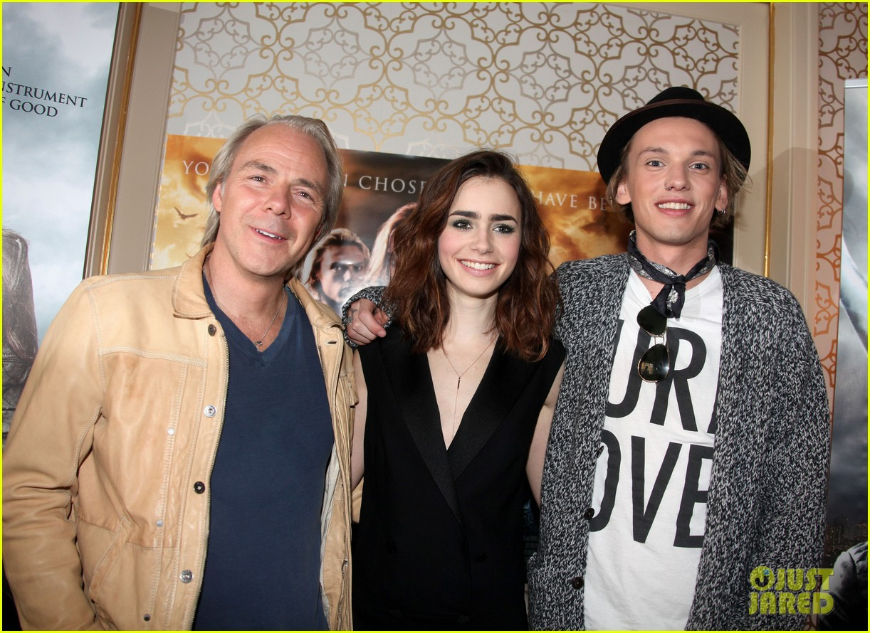 lily collins mortal instruments norway photo call 102936196