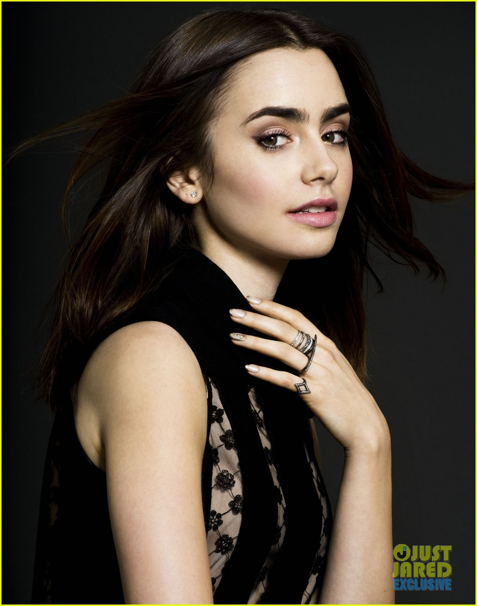 lily collins just jared spotlight of the week exclusive 01