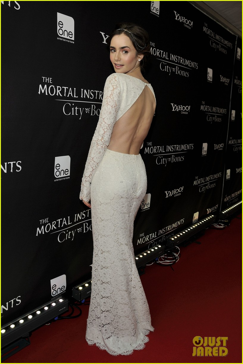 lily collins jamie campbell bower mortal instruments toronto premiere 022931093