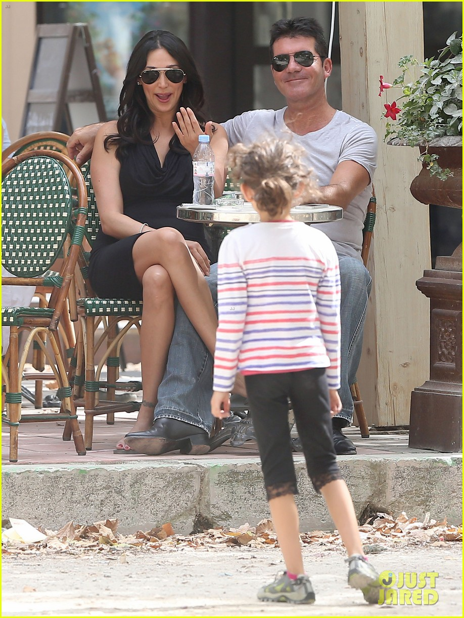 simon cowell lauren silverman hold hands in st tropez 142938286