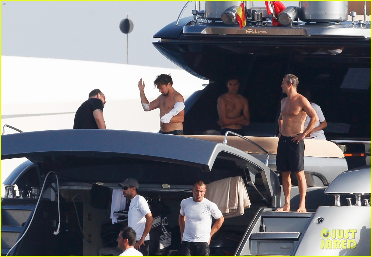 leonardo dicaprio goes shirtless after flyboarding in ibiza 122925566