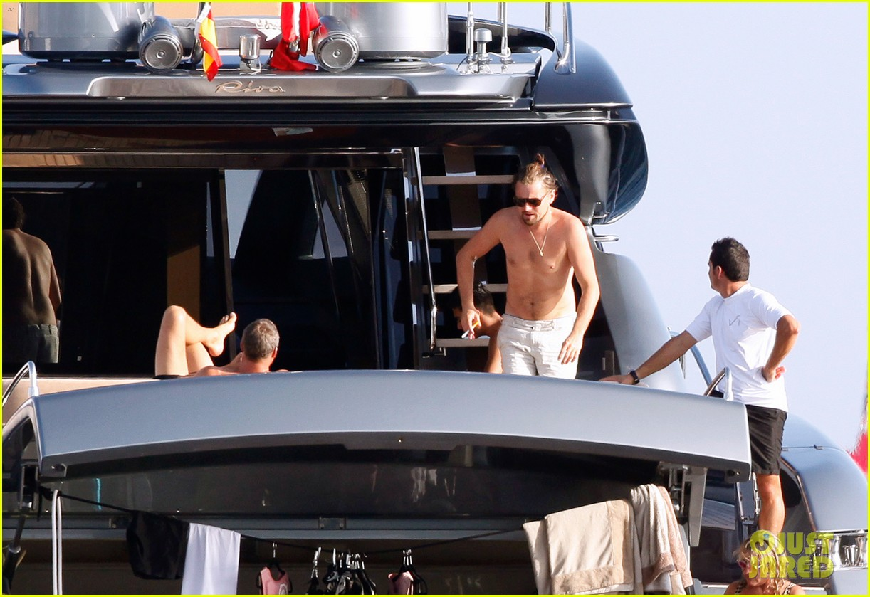leonardo dicaprio goes shirtless after flyboarding in ibiza 182925572