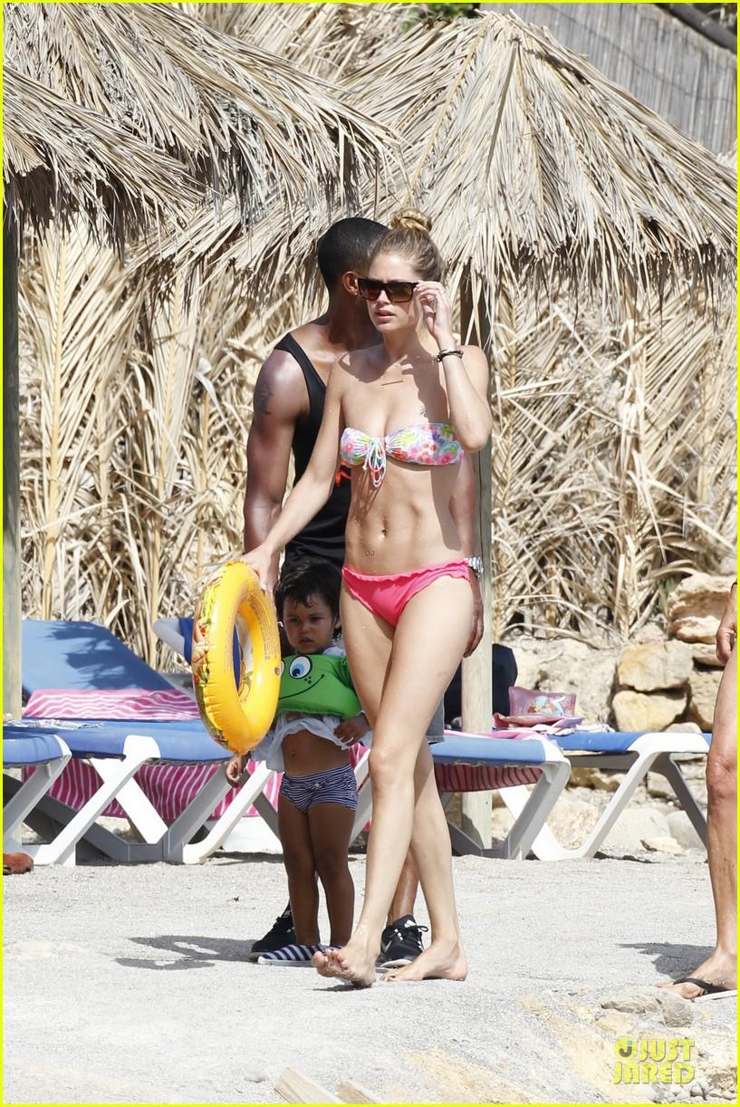 doutzen kroes bikini vacation after emilio pucci announcement 032924579