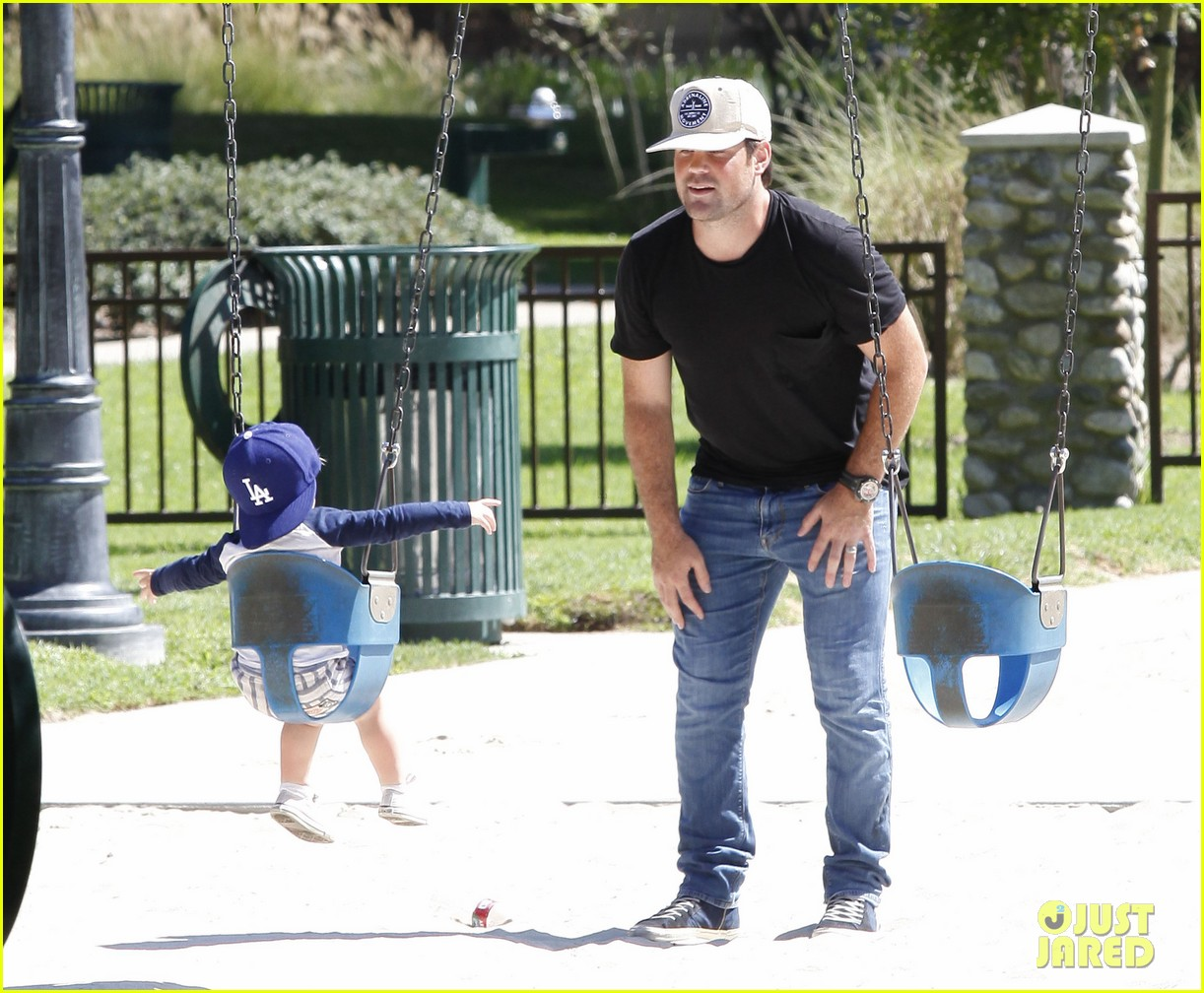 hilary duff mike comrie park day with luca 142939417