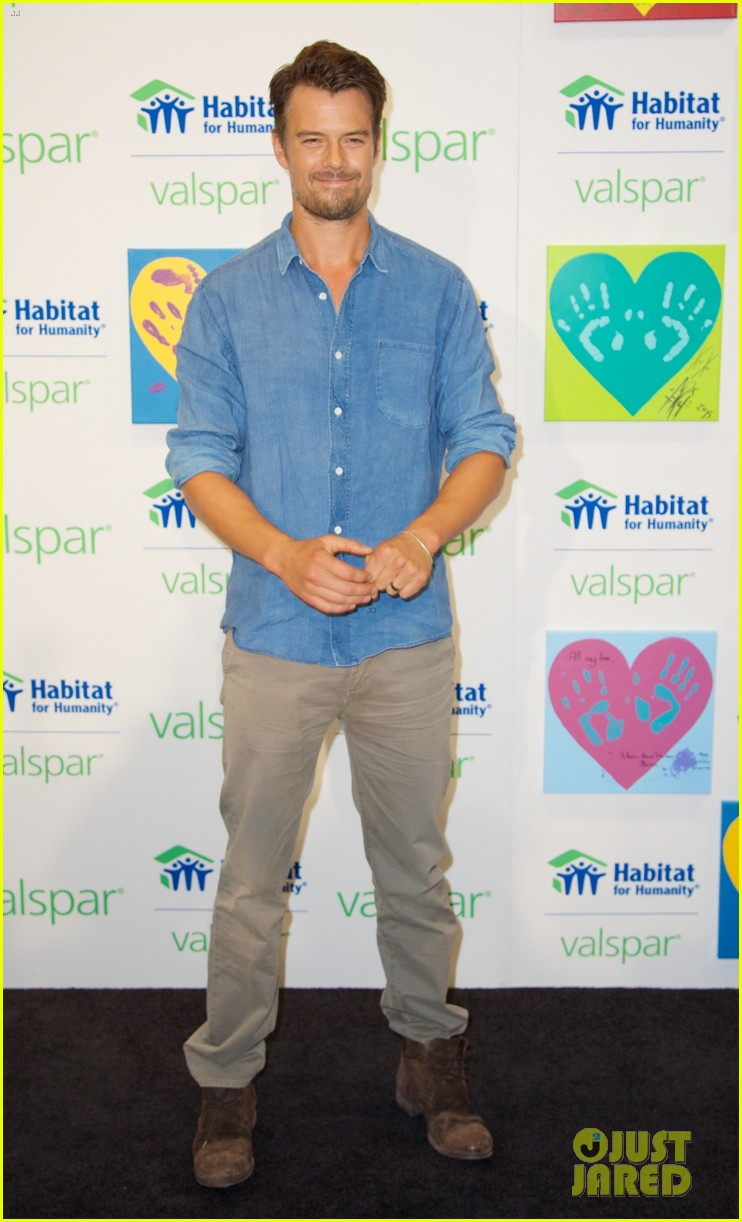 josh duhamel lends a helping hand at valspar charity event 052933453