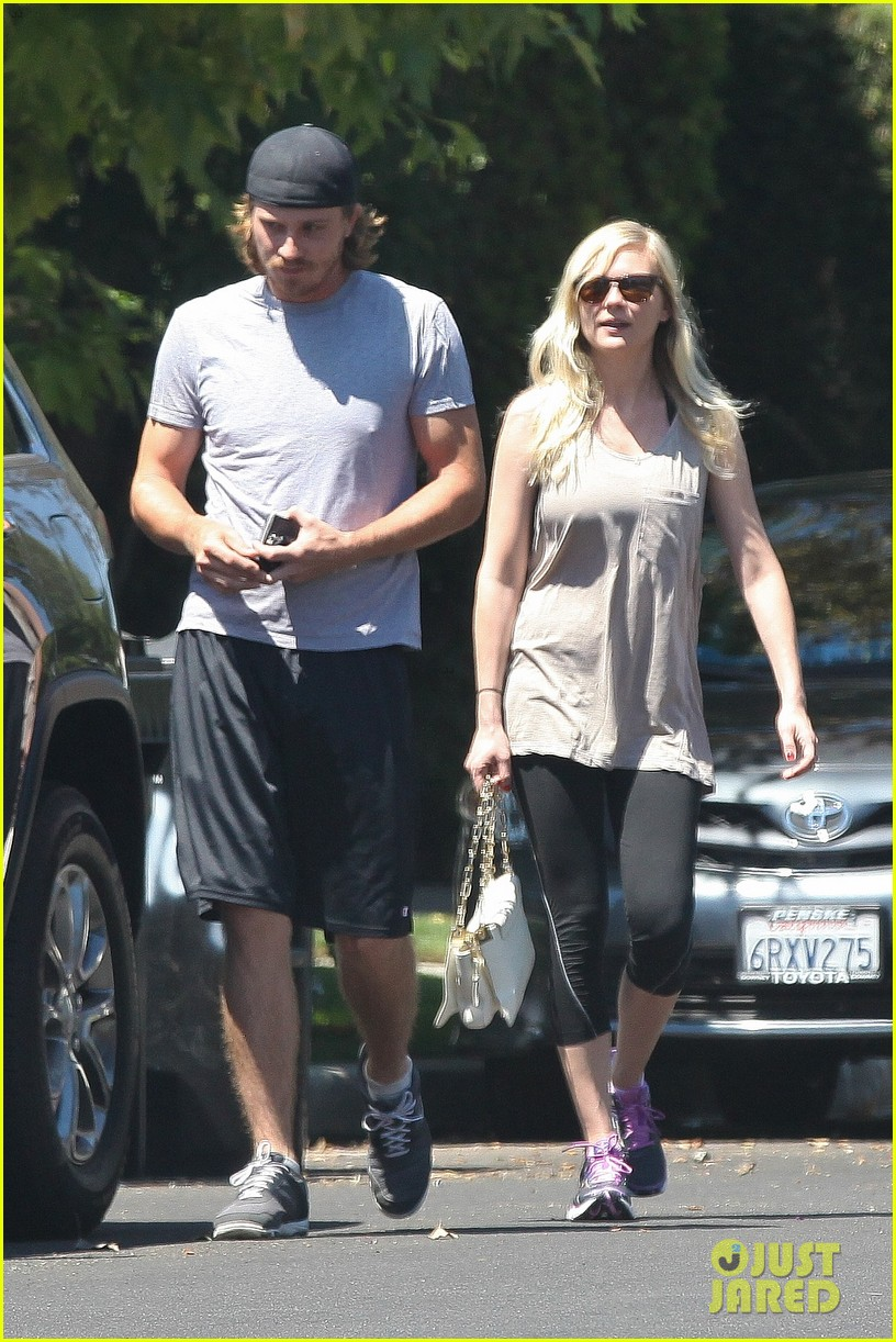 kirsten dunst garrett hedlund workout wednesday 032934958