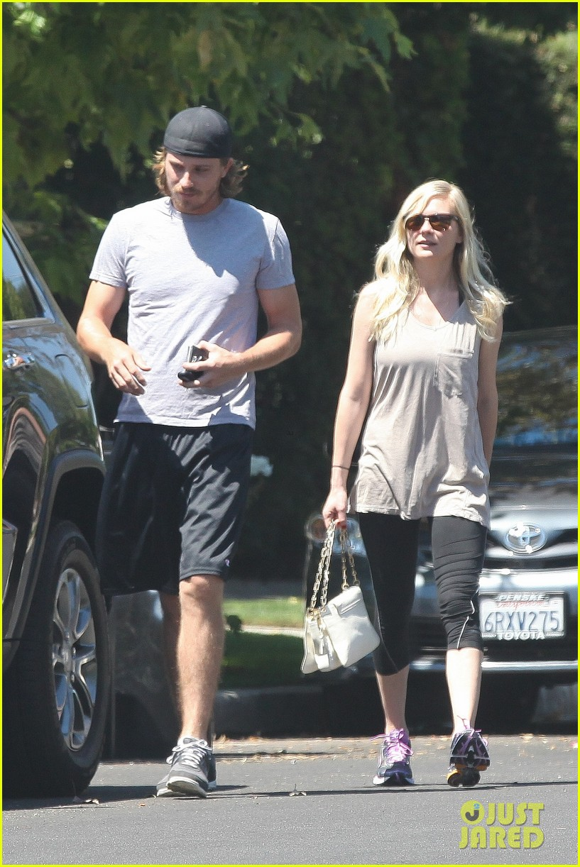 kirsten dunst garrett hedlund workout wednesday 072934962
