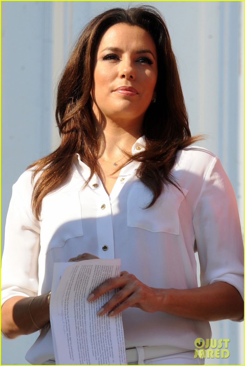 eva longoria supports cory booker for senate race 062929355