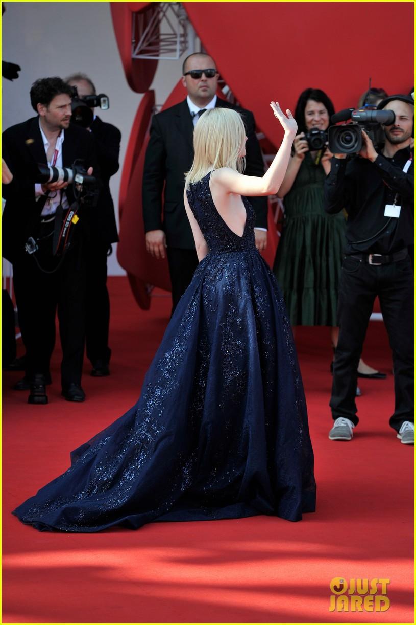 dakota fanning jesse eisenberg night moves venice premiere 122941198