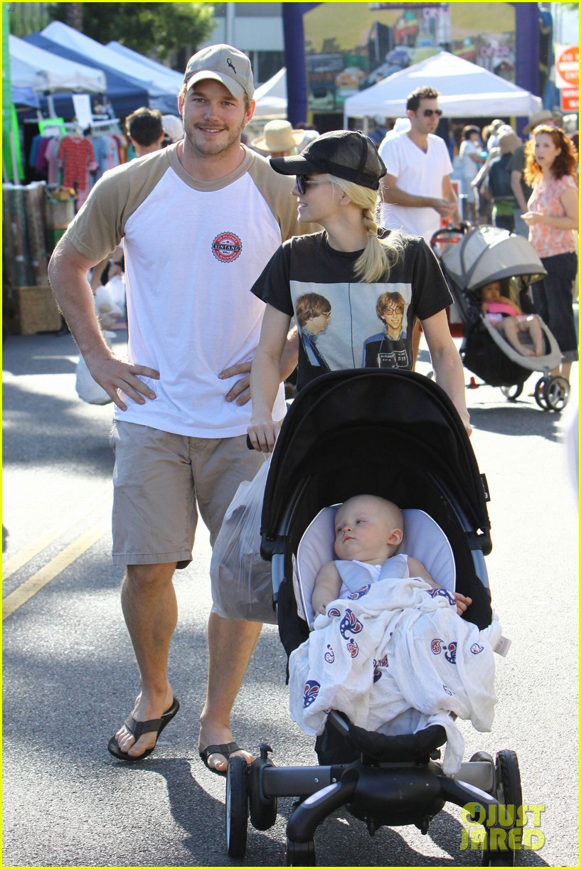 anna faris chris pratt celebrate son jack first birthday 182938434