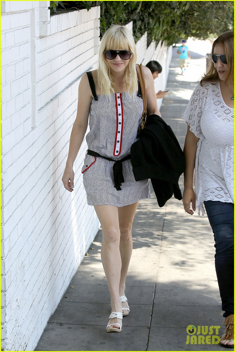 anna faris being a mom creates different priorities 062929266