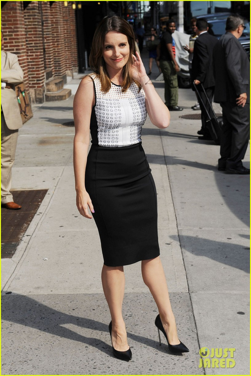 tina fey says shes a hot mess talks going to emmys 2013 102934926
