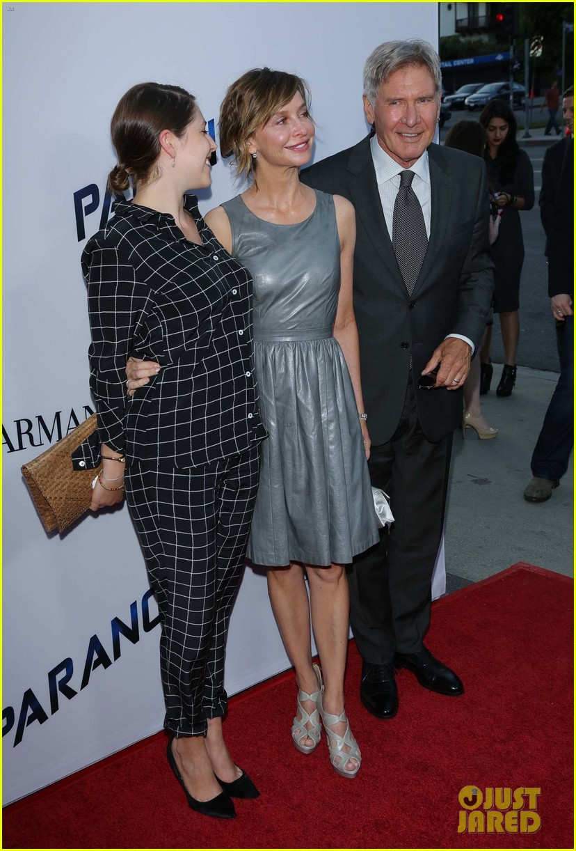 harrison ford paranoia premiere with calista flockhart 092926429