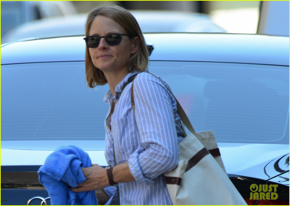jodie foster orange black star talks working wiith jodie 022938890