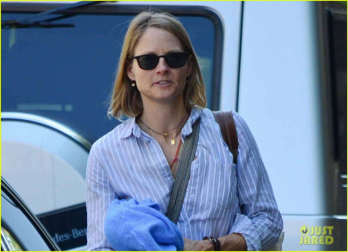 jodie foster orange black star talks working wiith jodie 032938891