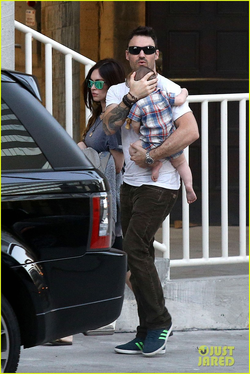 megan fox brian austin green sunday lunch with baby noah 012938125