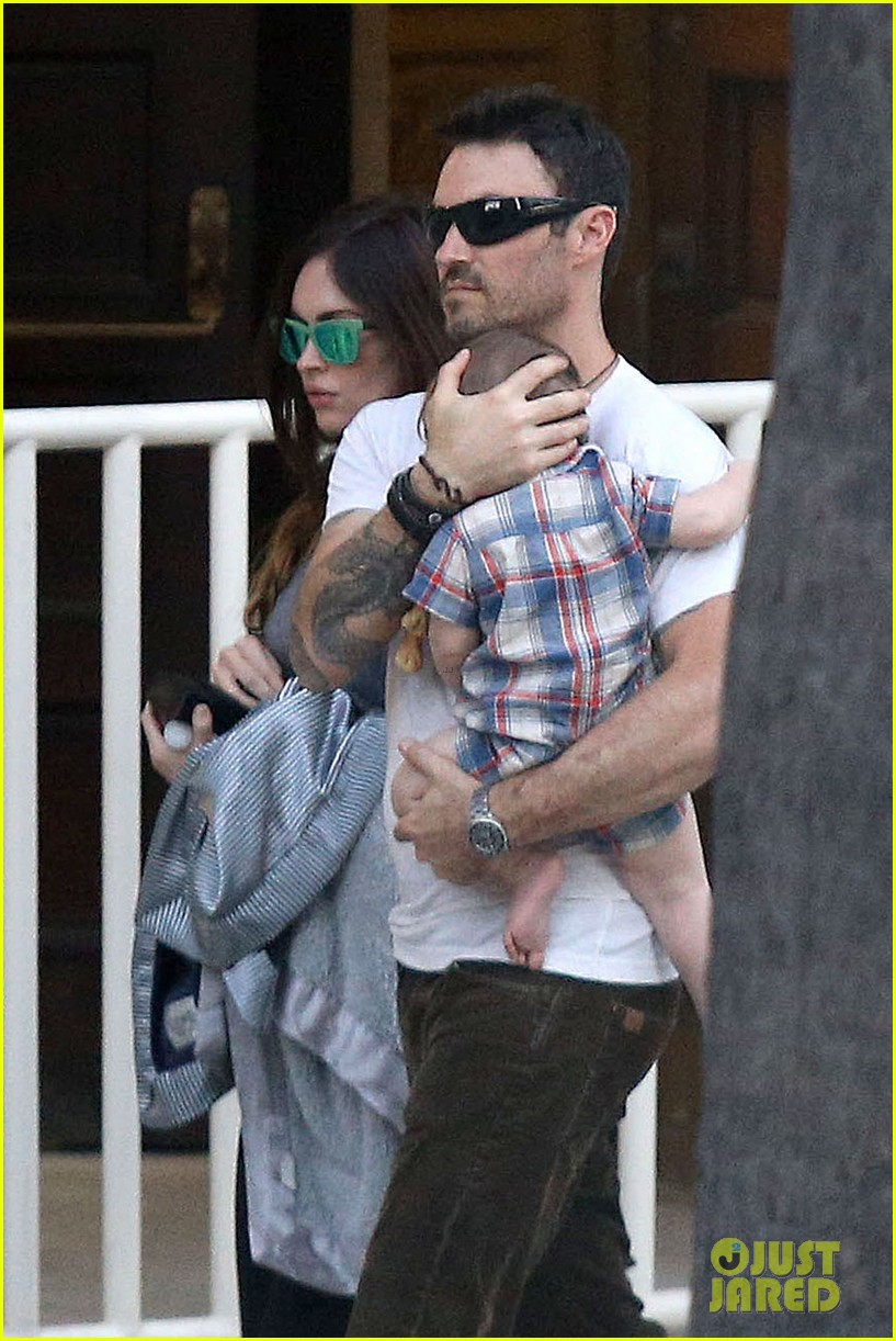 megan fox brian austin green sunday lunch with baby noah 092938133