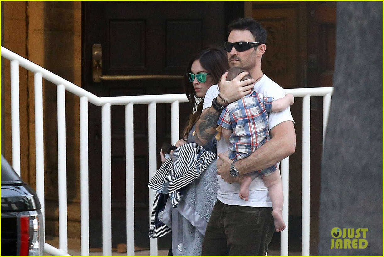 megan fox brian austin green sunday lunch with baby noah 112938135