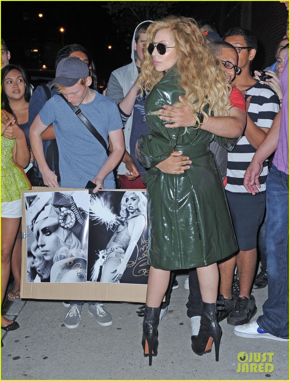 Lady Gaga: U0027Applauseu0027 Kia Soul Hamster Commercial! (Video)