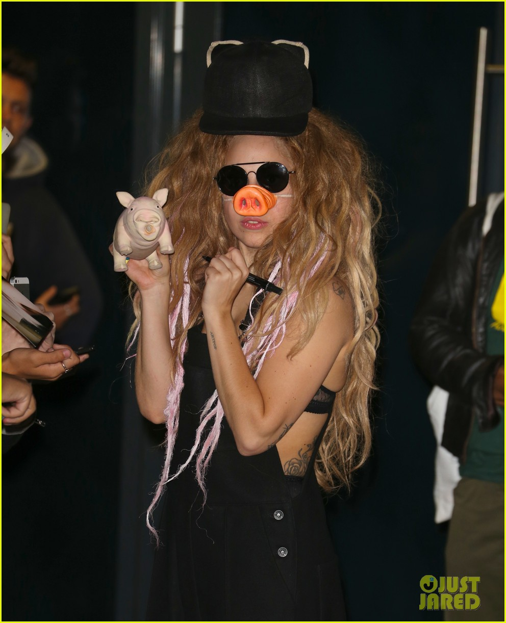 lady gaga wears pig nose at london rehearsal studio 122940928