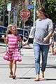 jennifer garner violet start week with errands 10