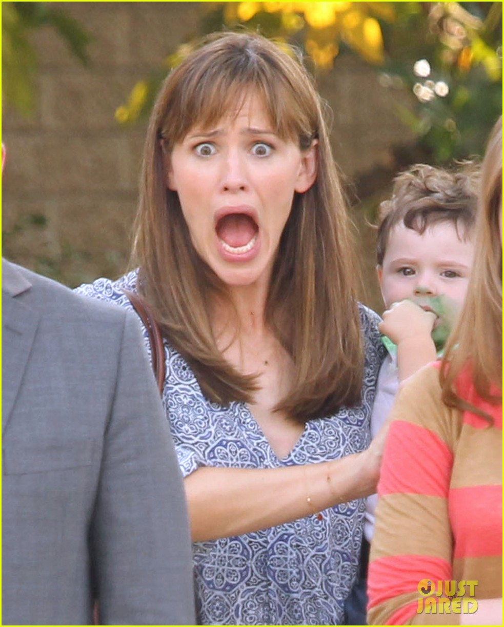 jennifer garner steve carell family freakout for alexander 022938740