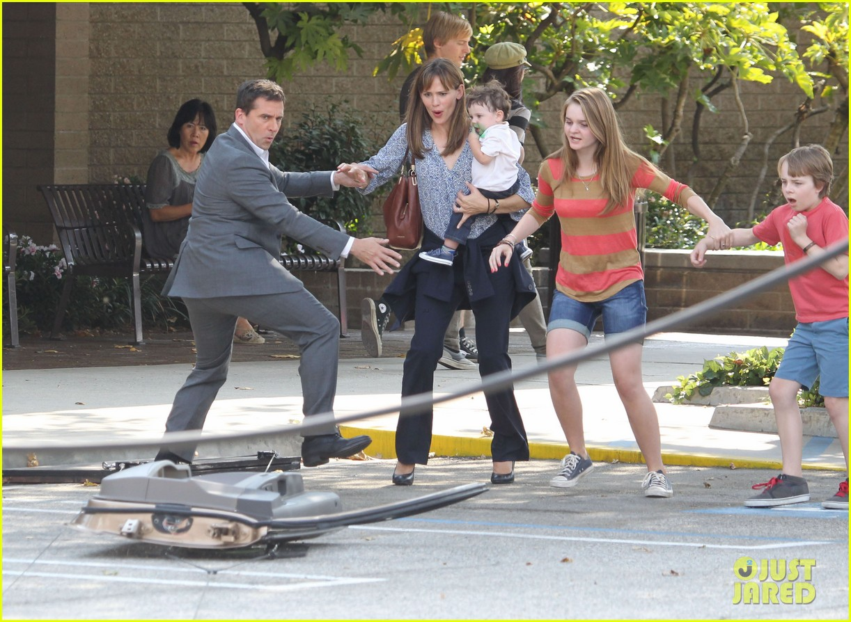 jennifer garner steve carell family freakout for alexander 152938753