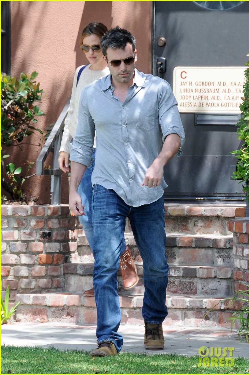 jennifer garner ben affleck share romantic weekend lunch 092932296