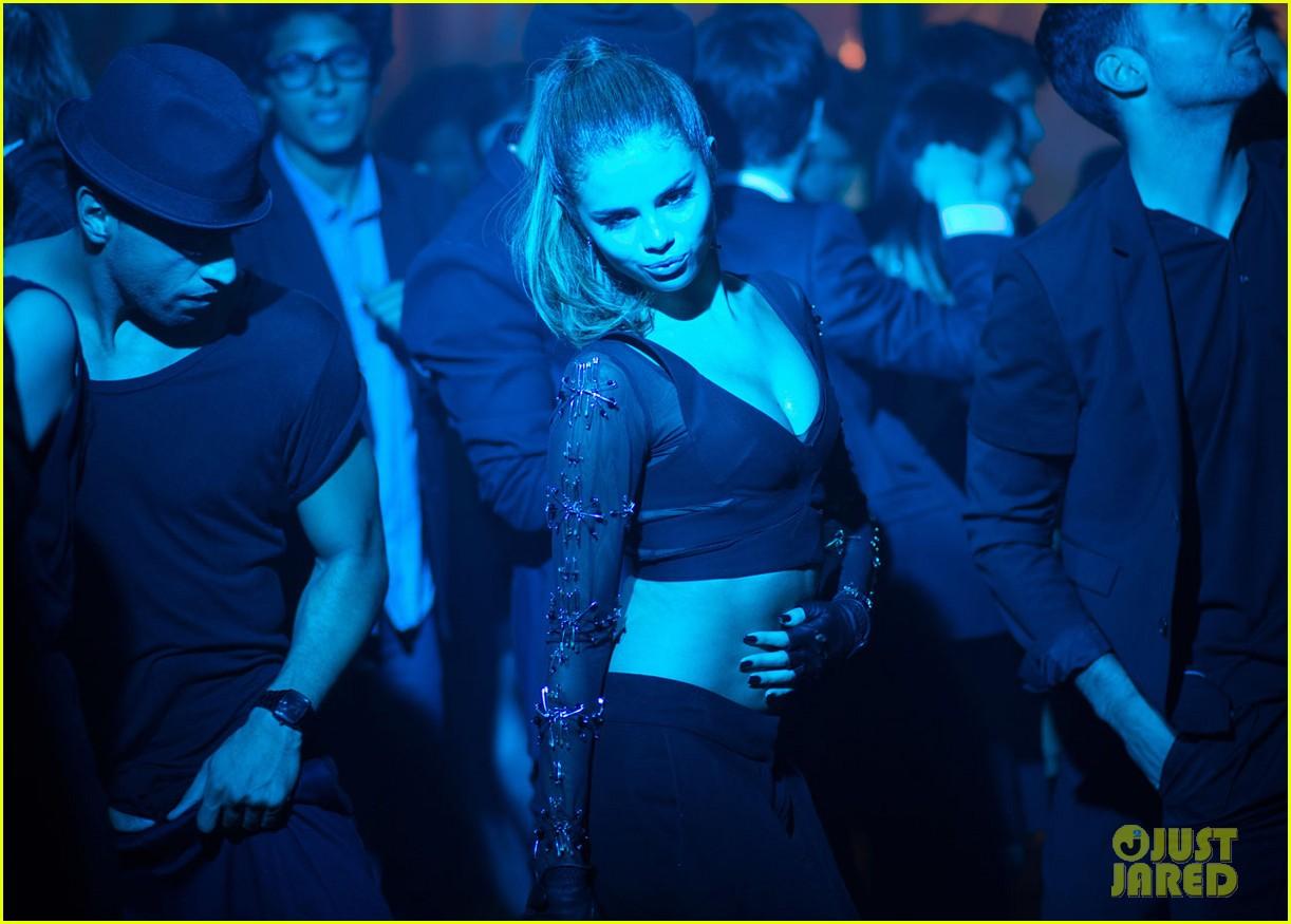selena gomez slow down music video pics 172924798
