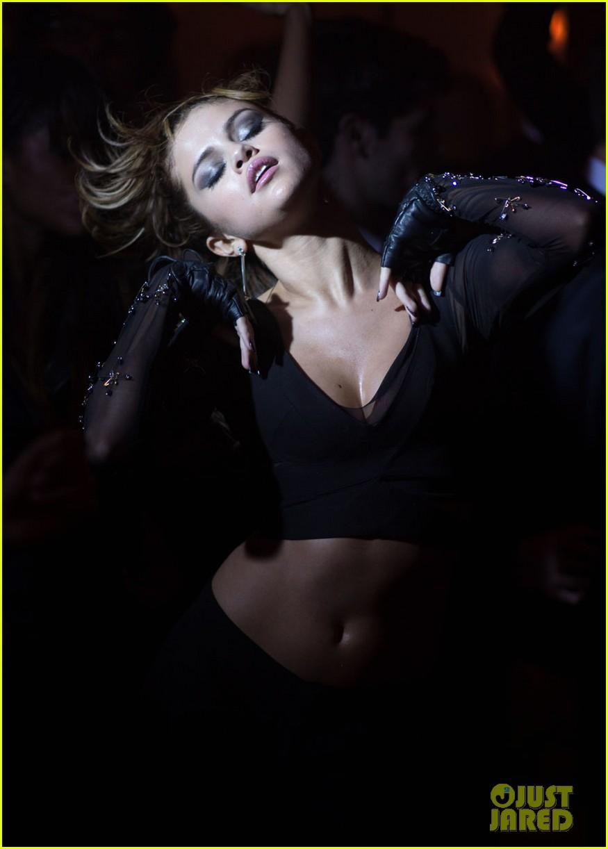 selena gomez slow down music video pics 192924800