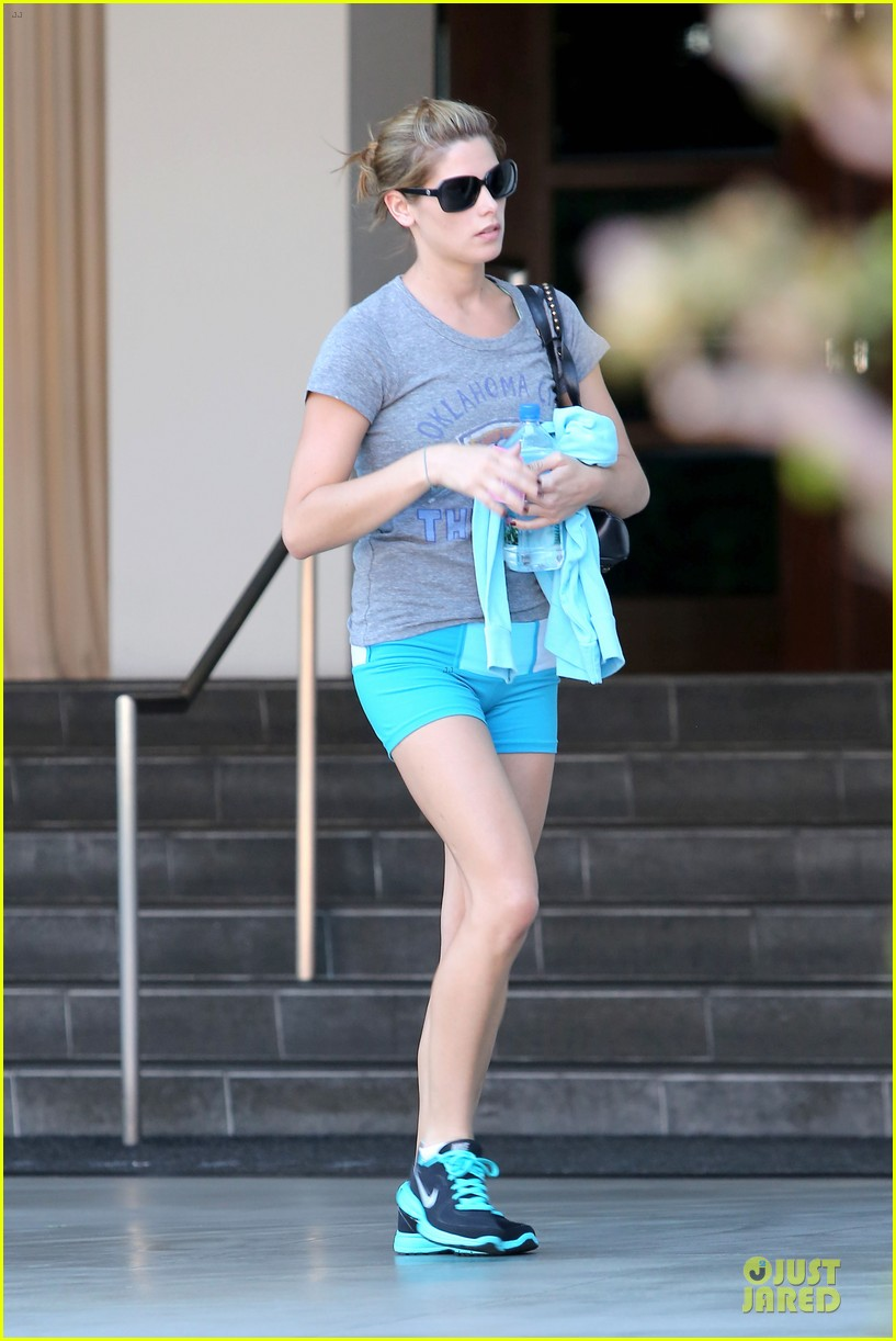 ashley greene works out twice in one day 012927090