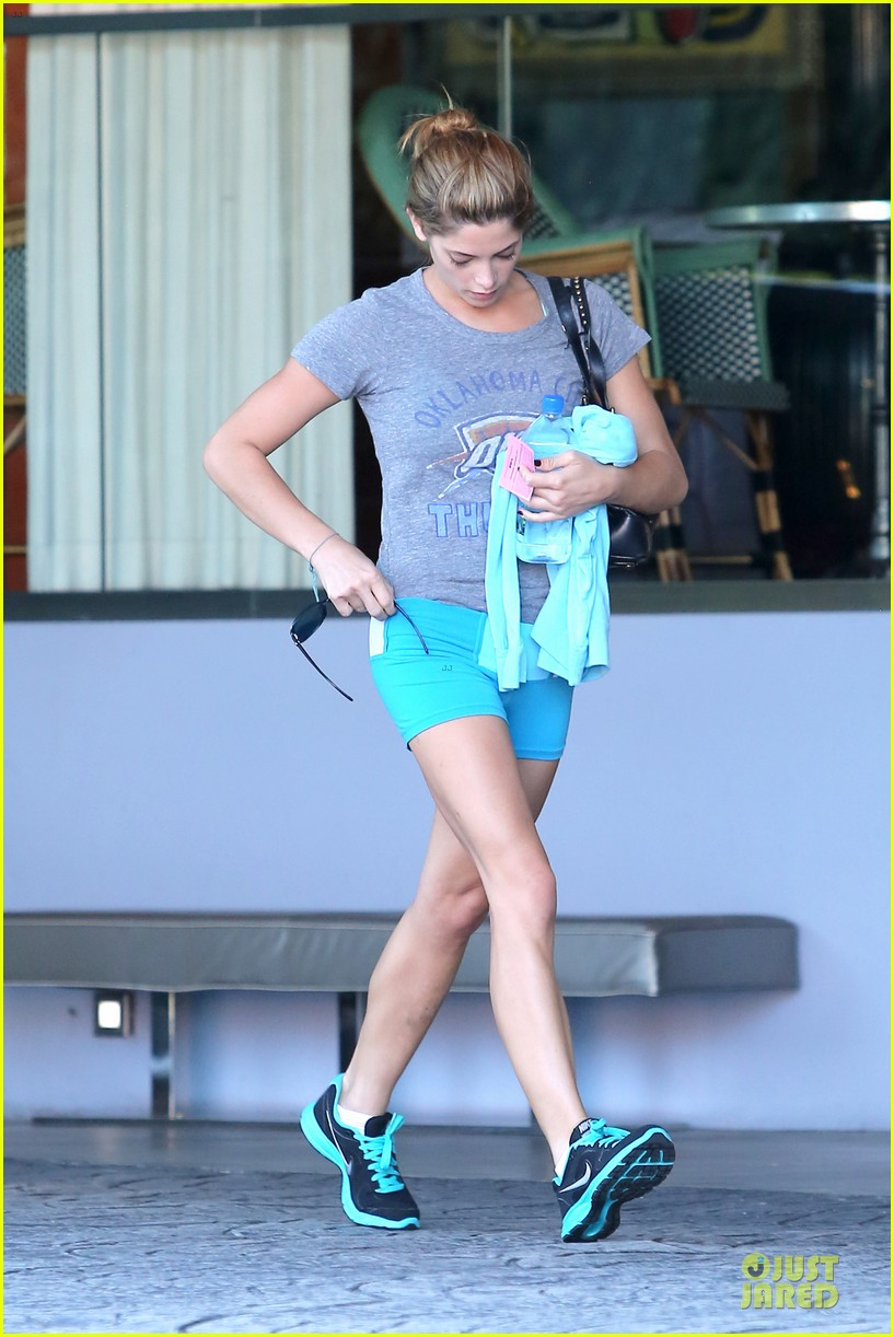 ashley greene works out twice in one day 102927099