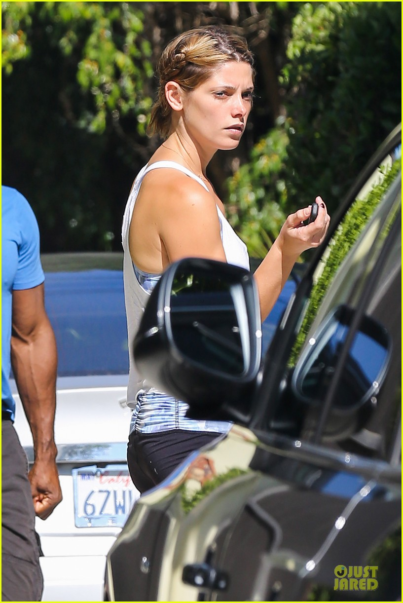ashley greene works out twice in one day 162927105