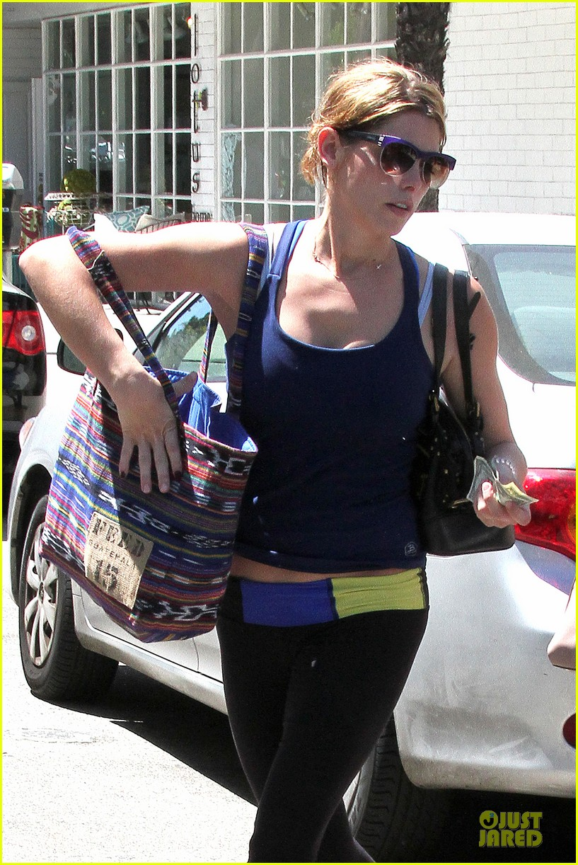ashley greene works out twice in one day 232927112