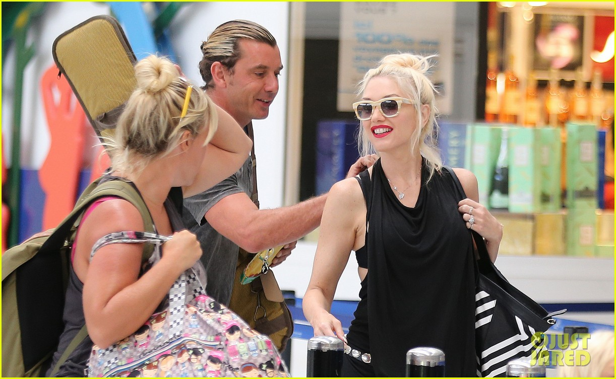 gwen stefani gavin rossdale back after paris vacation 142932948