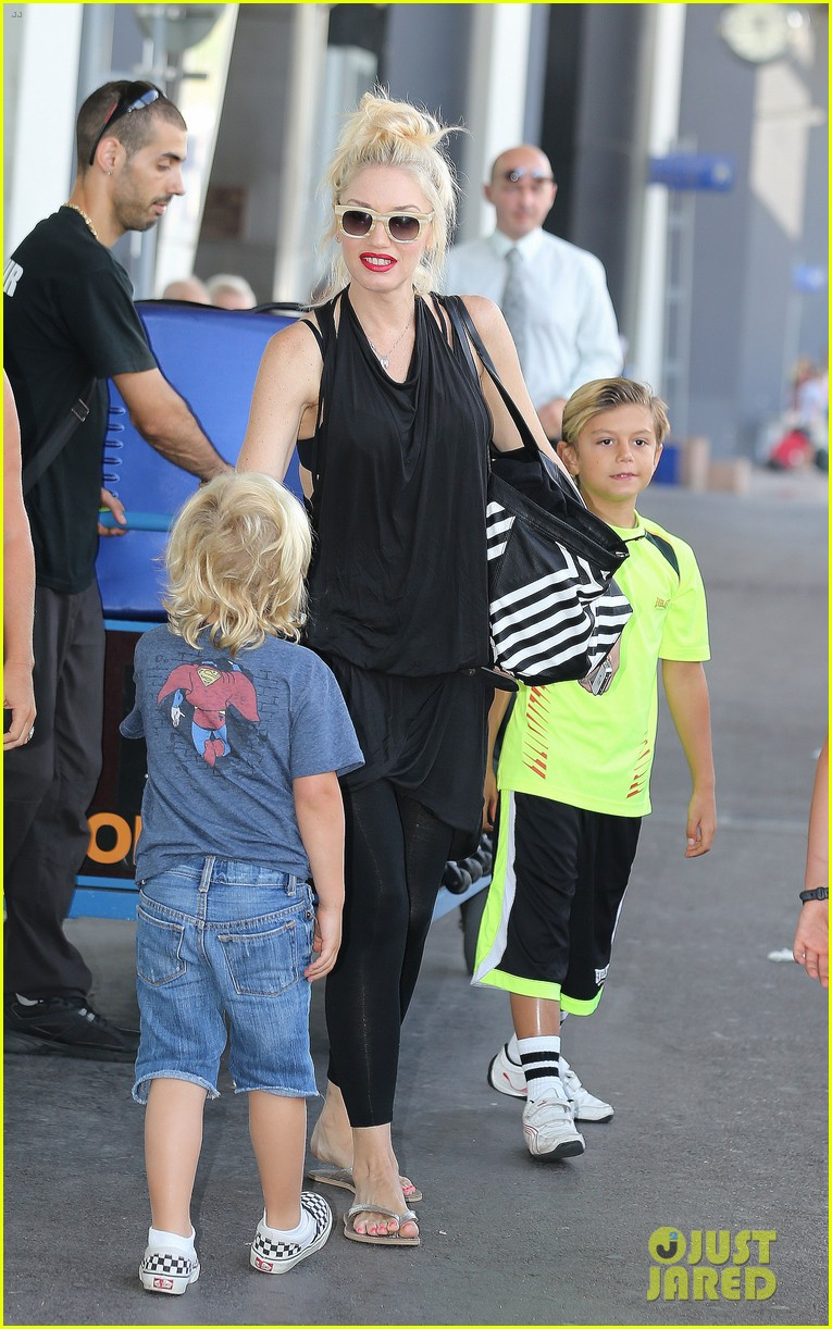 gwen stefani gavin rossdale back after paris vacation 162932950