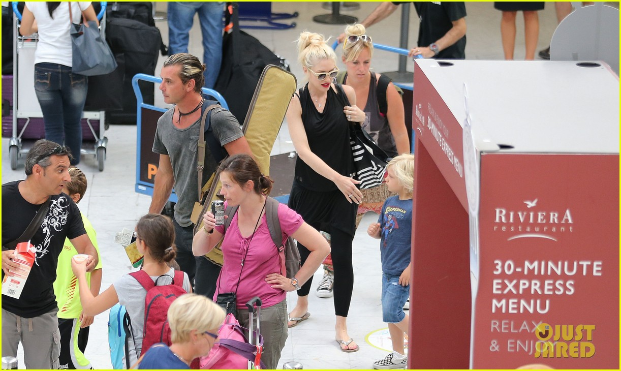 gwen stefani gavin rossdale back after paris vacation 32