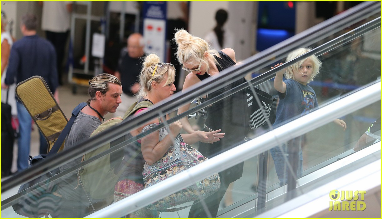 gwen stefani gavin rossdale back after paris vacation 332932967