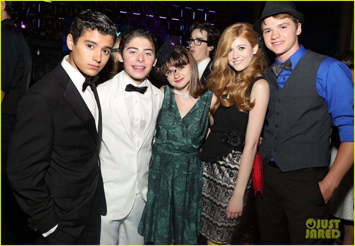 hailee steinfeld joey king olivia holts sweet 16 19